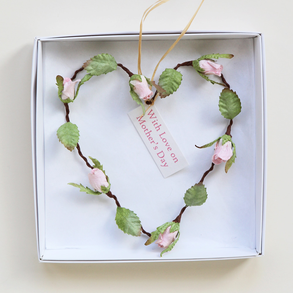 Mothers Day Paper Rosebud Heart