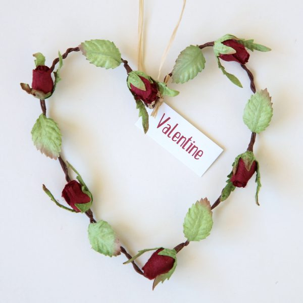 Paper Rosebud Heart