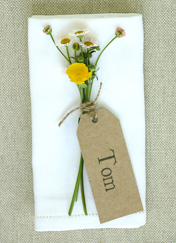 Place Tag with Flowers