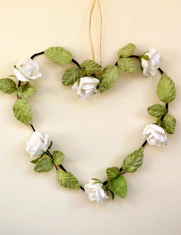 Rose Heart Wreath ivory white