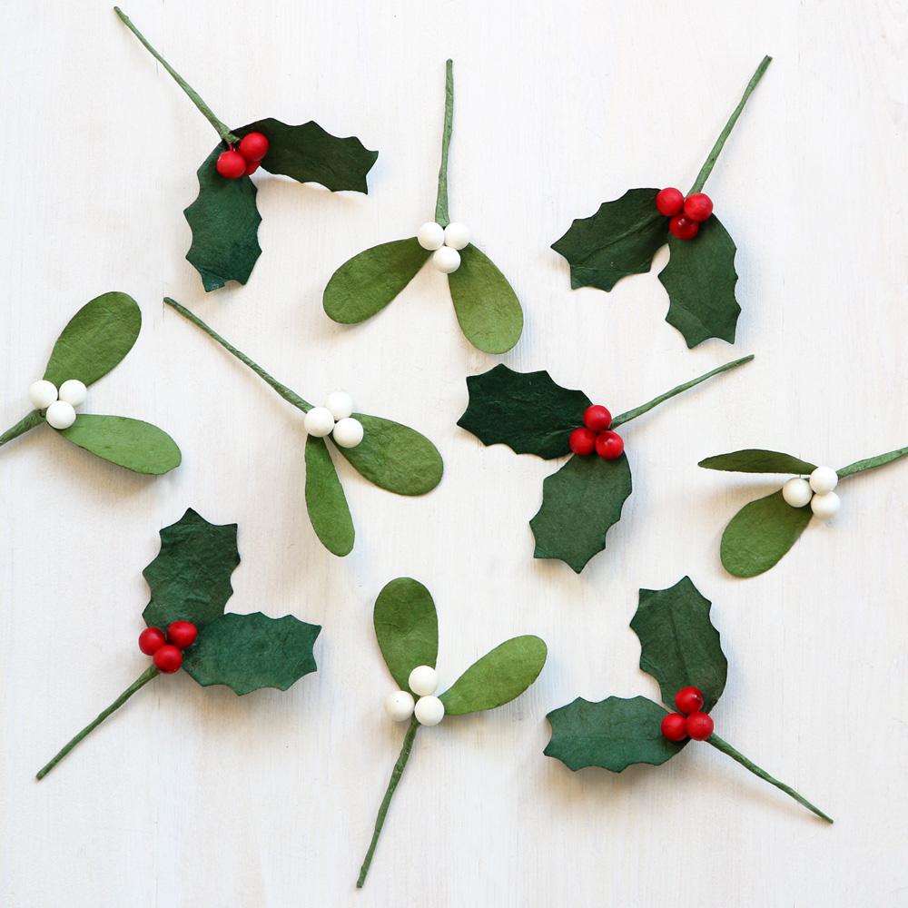Paper Mistletoe Christmas Decoration Amp Gift Topper