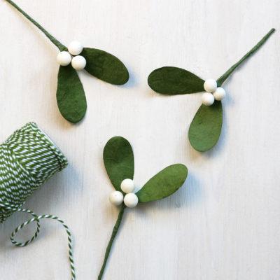 Paper Mistletoe