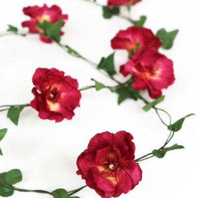 Red Rose & Ivy Garland