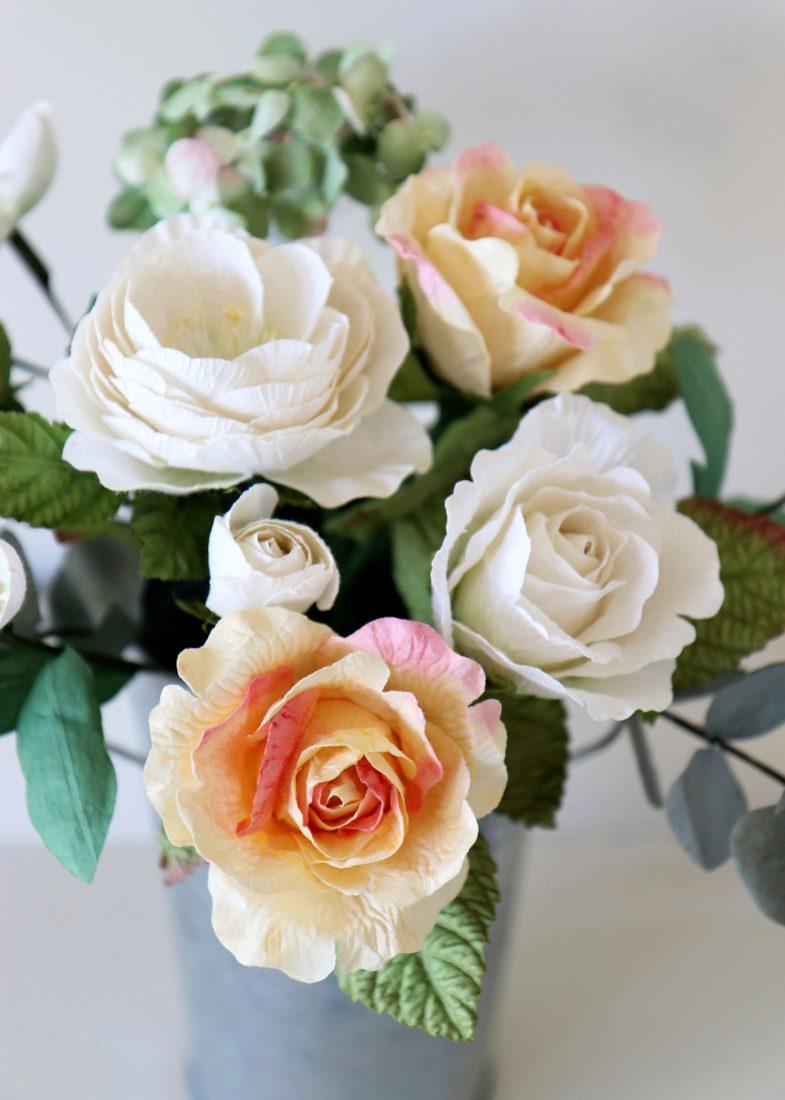 Paper Flower Gift Bouquet