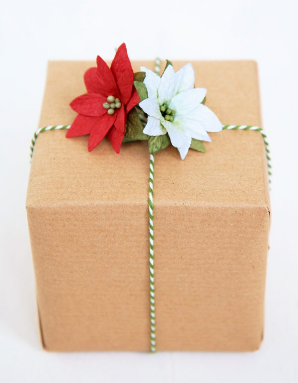 Paper Poinsettia Gift Topper